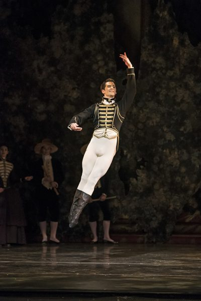 Mathias Dingman as Prince Florimund; photo: Bill Cooper
