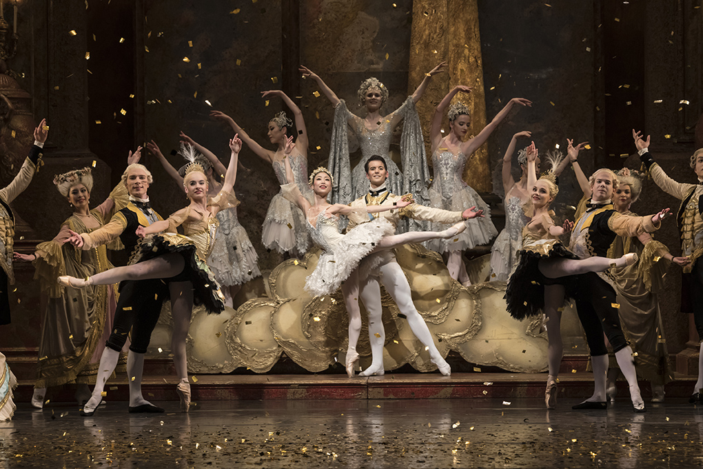 Momoko Hirata as Princess Aurora, Mathias Dingman as Prince Florimund and Jenna Roberts as the Lilac Fairy with Artists of Birmingham Royal Ballet / Bill Cooper
